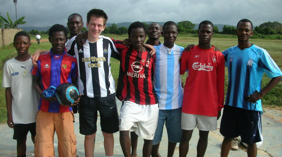 Our volunteers work together with local coaches and get hands-on football coaching experience in Ghana.